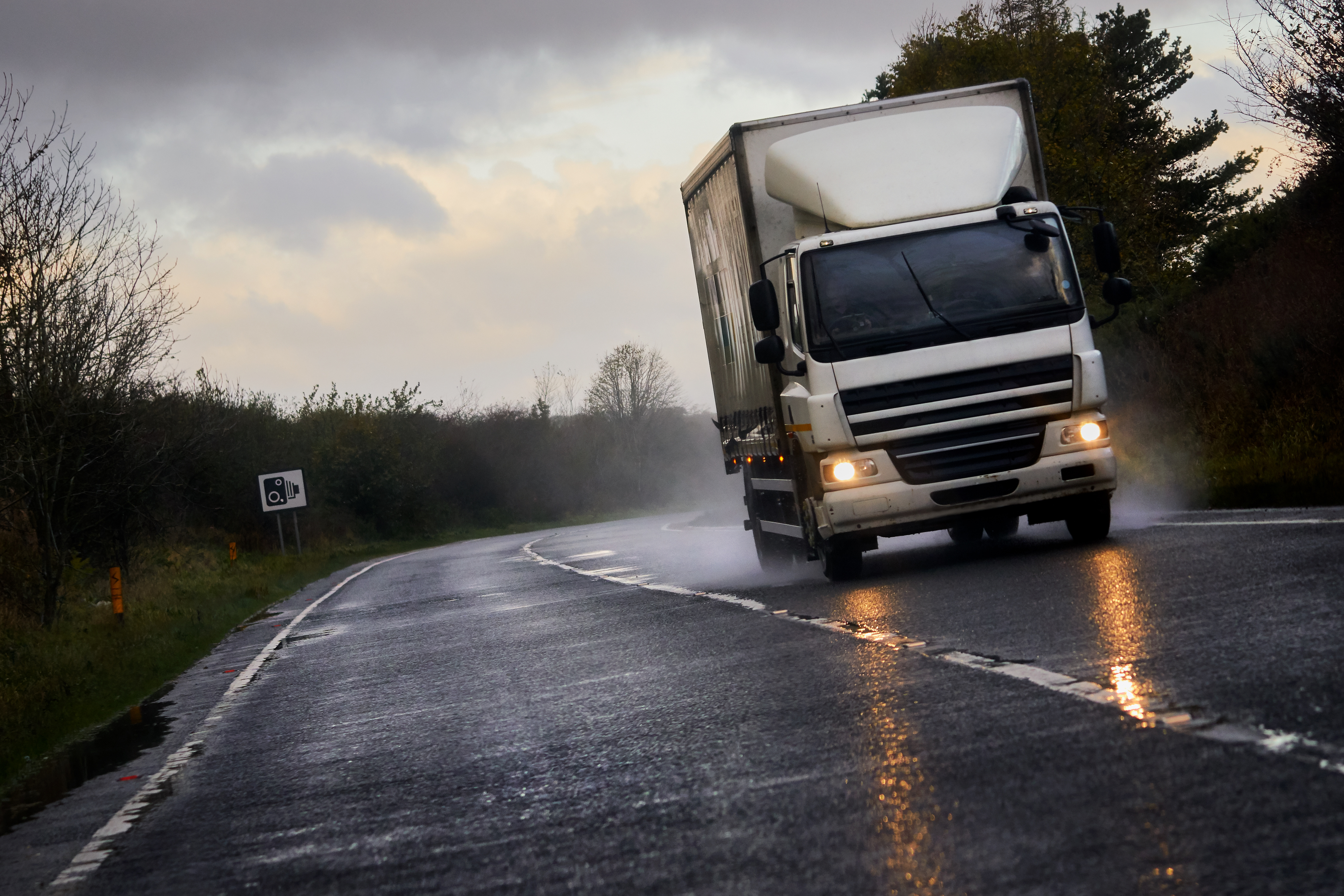 Otoño y el Trabajo de Chófer de Camión